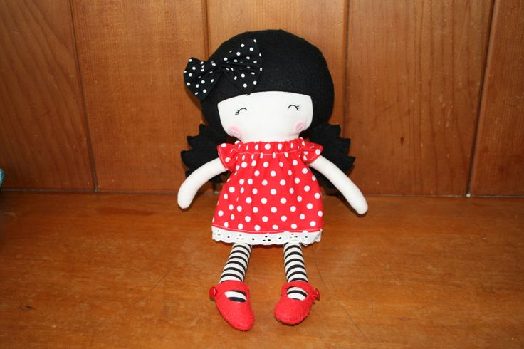 'Gorjuss' inspired doll handcrafted with love in NZ. You'll fall in love with this ZEALOUS DESIGN fabric doll. Made in New Zealand, sold on the FELT store