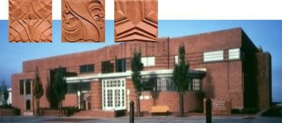 Main Library Architecture Made possible by a $75,000 bequest from industrialist Leonard Howarth, the Everett Public Library at 2702 Hoyt Avenue was designed by prominent northwest architect Carl Gould in the spring of 1933 and opened to the public on October 3rd, 1934.