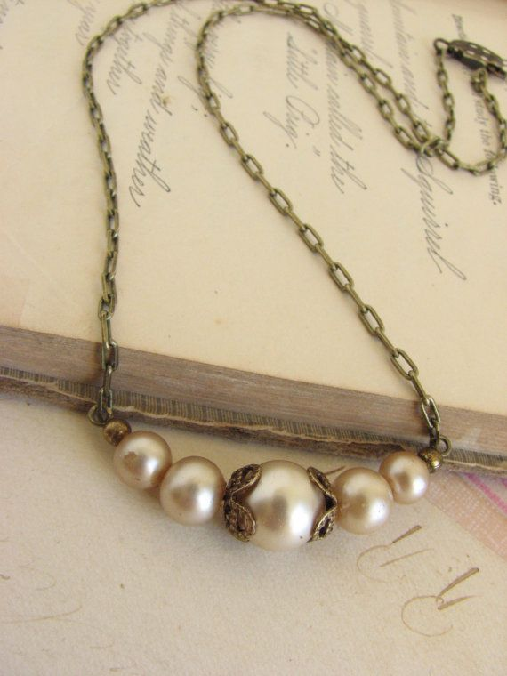 Vintage Romantic Pearl Necklace -shabby chic vintage inspired pearl necklace- via Etsy
