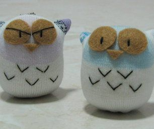 Easy owl dolls from regular socks--any sock will do, doesn't have to be a knee sock.