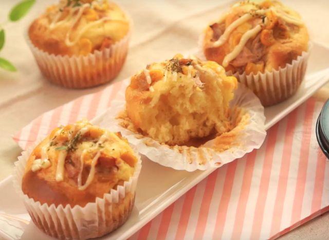ホットケーキミックスで簡単!「ツナマヨパン」のレシピ - macaroni