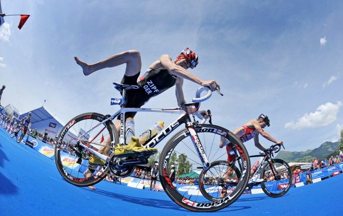 Feeling bored at your workouts?  Why not try the   bike-run-bike-run-bike-run-workout as prescribed here?  Looks like fun :D