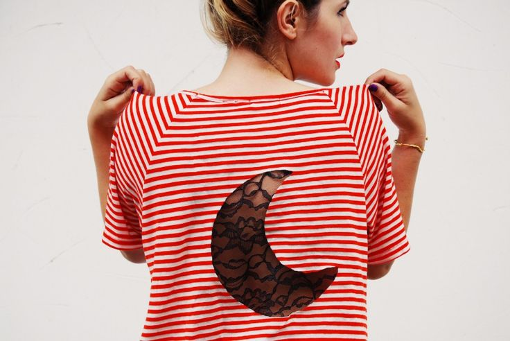 Add a cool lace insert to your favorite tee with this tutorial.