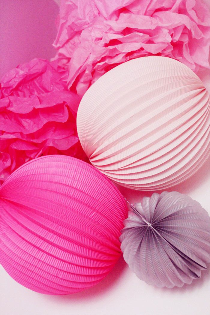 Honeycomb ball, lampion, pompon couleurs girly, Chinese lantern