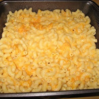 FAMILY FAVORITE MACARONI AND CHEESE by Mom/Creamette