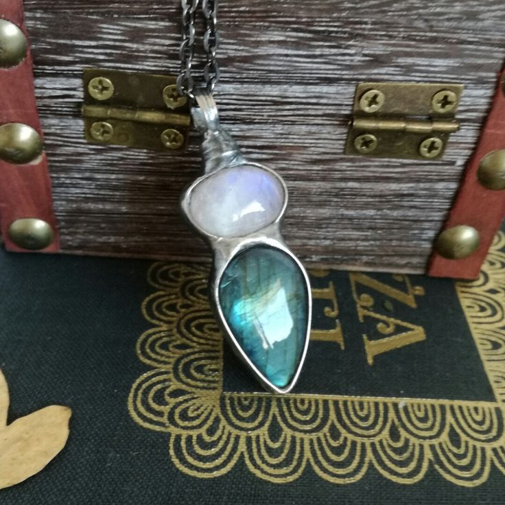 Moonstone necklace😉🍀🍂💞