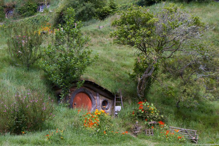 Путешествия по Австралии и Миру - В гостях у хоббитов. Сказочная деревня Хоббитон, Новая Зеландия.