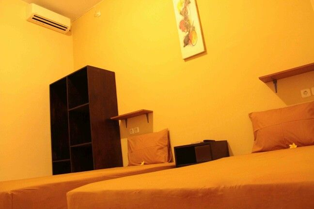 Kamar twin bed ac
