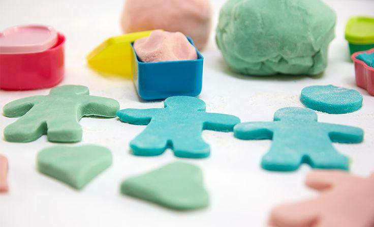 Spielknete für Kinder - selber machen - ganz einfach!