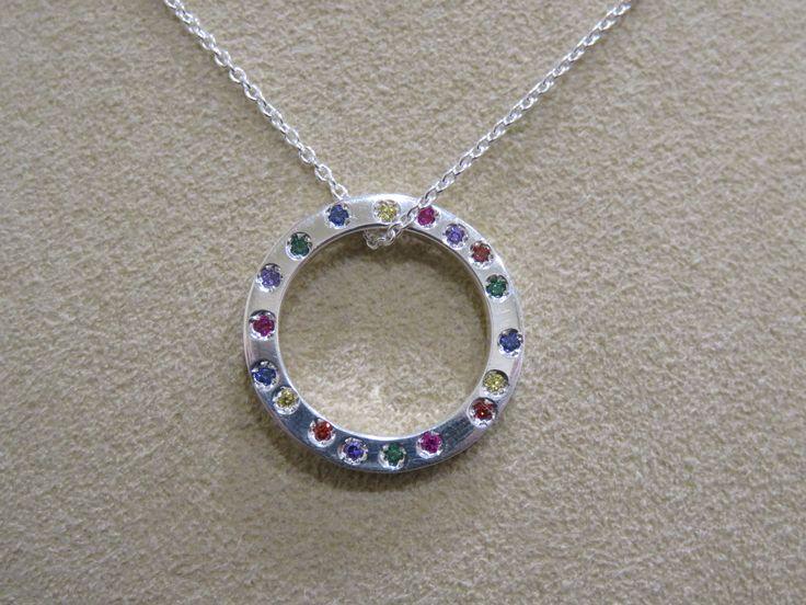 Ciondolo in argento con zirconi colorati