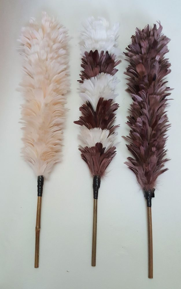 Real Feather Duster Dust Removal Retro Cleaning Tool Brush BAMBOO Handle x 1 #sil
