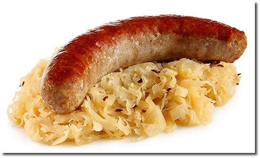 sauerkraut | Bratwurst mit Sauerkraut