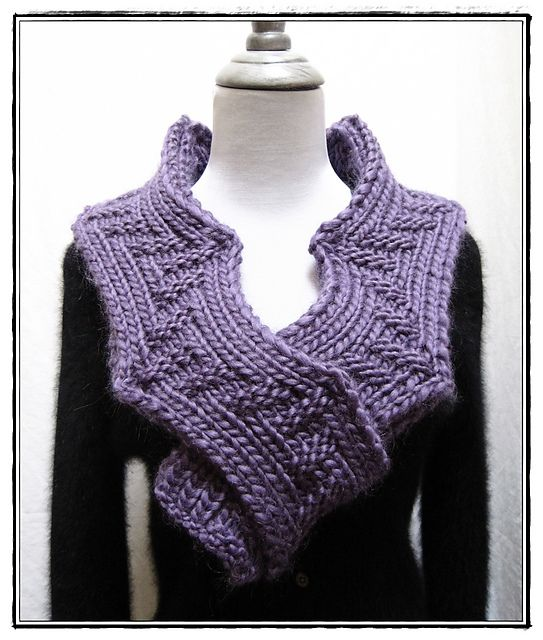 Arc of the Hypotenuese $4.75: Crochet Ideas, Hypotenuese 4 75, Hand Knitting, Knitting Patterns, Arc, Kn Scarves, Chunky Scarves, Cowls, Chunky Scarf