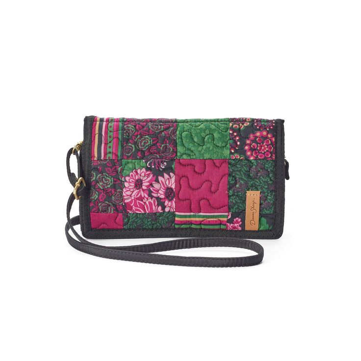 Donna Sharp Quilted Patchwork Convertible Wallet, Women's, Ovrfl Oth