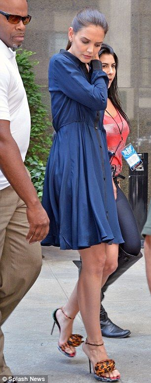 katie holmes, first heels after filing divorce from tom cruise