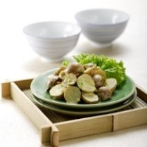 POTATO SALAD WITH MANGO SAUCE http://www.sajiansedap.com/mobile/detail/9299/potato-salad-with-mango-sauce