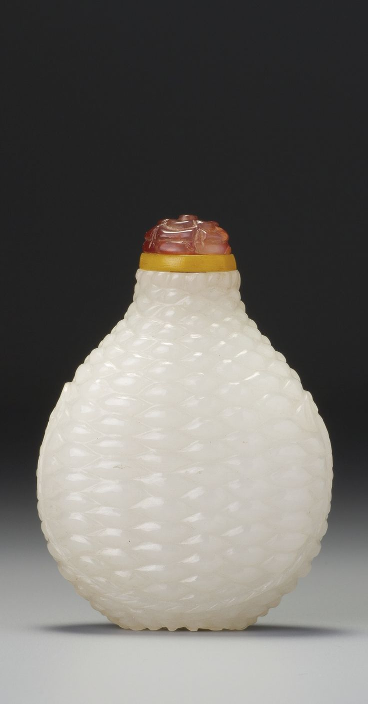 White Jade 'Basket-Weave' Snuff Bottle, Qing 18th/19th c.   Sotheby's