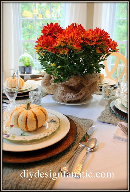 Fall / Thanksgiving tablescapeTablescapes Decor, Tables Sets, Fall Decor, Fall Holiday, Mums Centerpieces, Fall Halloween, Thanksgiving Tablescapes, Fall Tablescapes, Seasons Decor