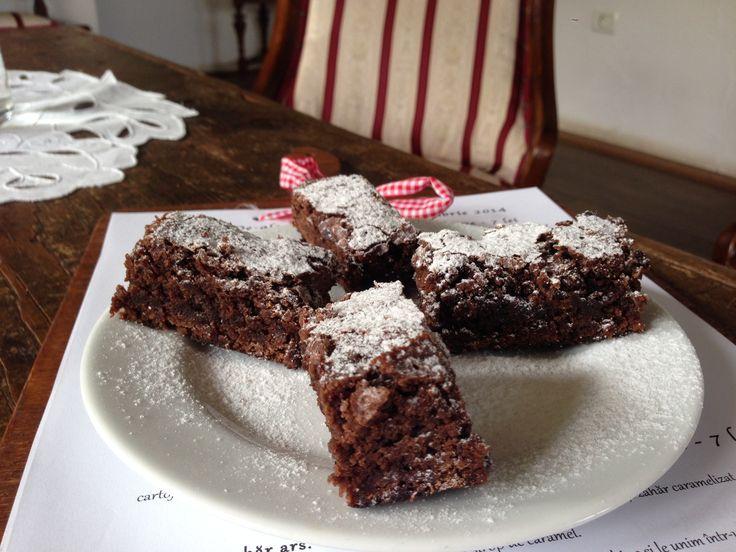 Chocolate & fresh lavander cake