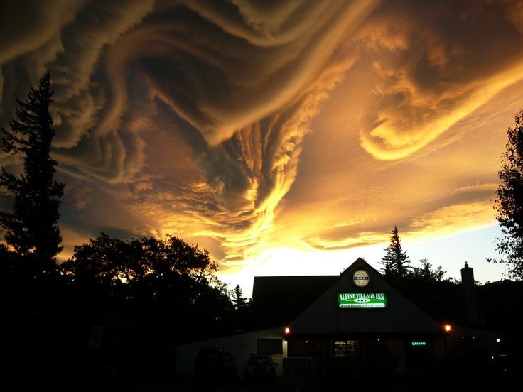 the Sky talking Over Hanmer Springs (New Zealand) © Merrick Davis