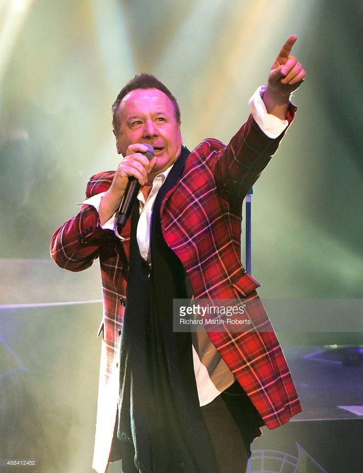 Jim Kerr of Simple Minds performs on stage at Liverpool Empire Theatre on April 2, 2015 in Liverpool, United Kingdom
