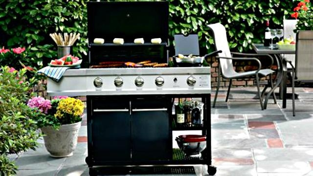 Break out the BBQ!  #MattGranite has ways to save on all your #grilling needs, including grills for $199!