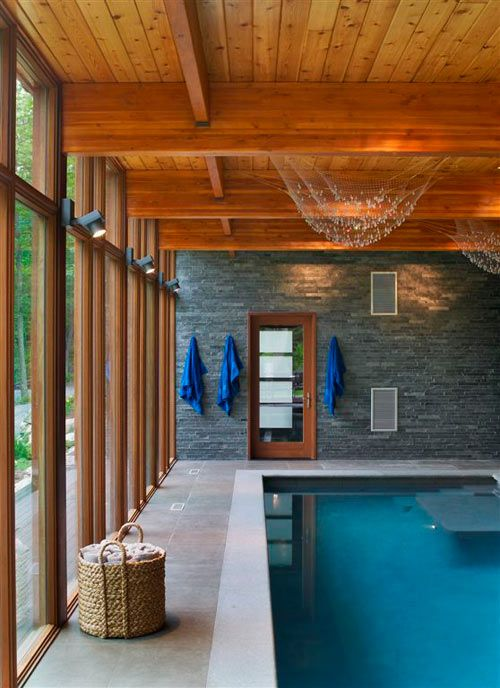 HUDSON VALLEY COUNTRY HOUSE BY FRACTAL CONSTRUCTION-love the play with materials