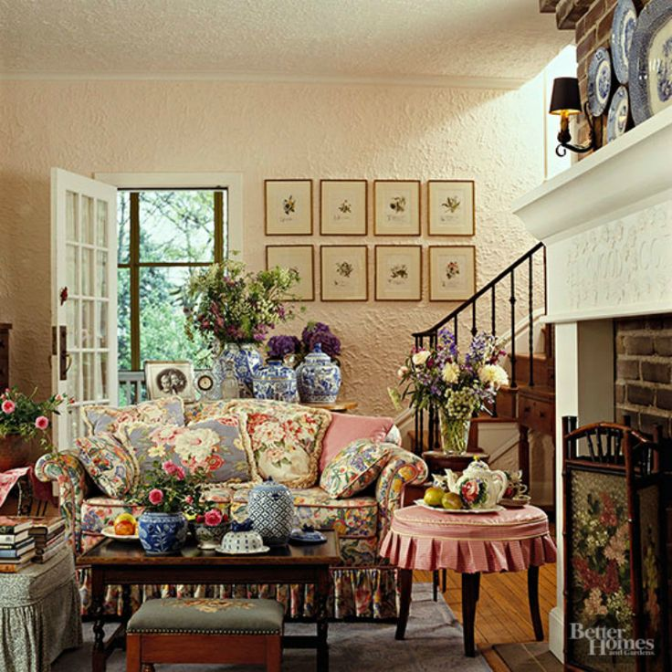 Cottage Home Decorating: Country Homes And Manor Decor 1