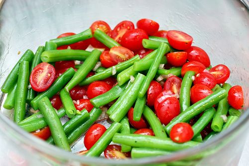 Green Bean and Cherry Tomato Salad {smitten kitchen, adapted from Chez Panisse Vegetables}
