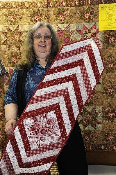 Make this easy quilt-as-you-go table runner Jocelynn Brown Really like this. I have made several quilts with this pattern. Good to see another use for it. Thanks!