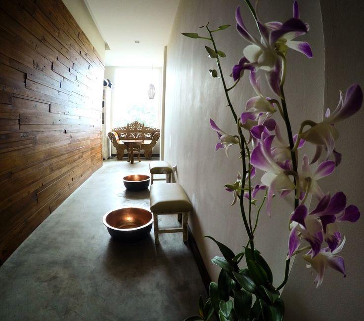 Welcome Ritual Sea salt foot bath flowers   Massage Reflexi Organic products new spa   At padang padang  Bali