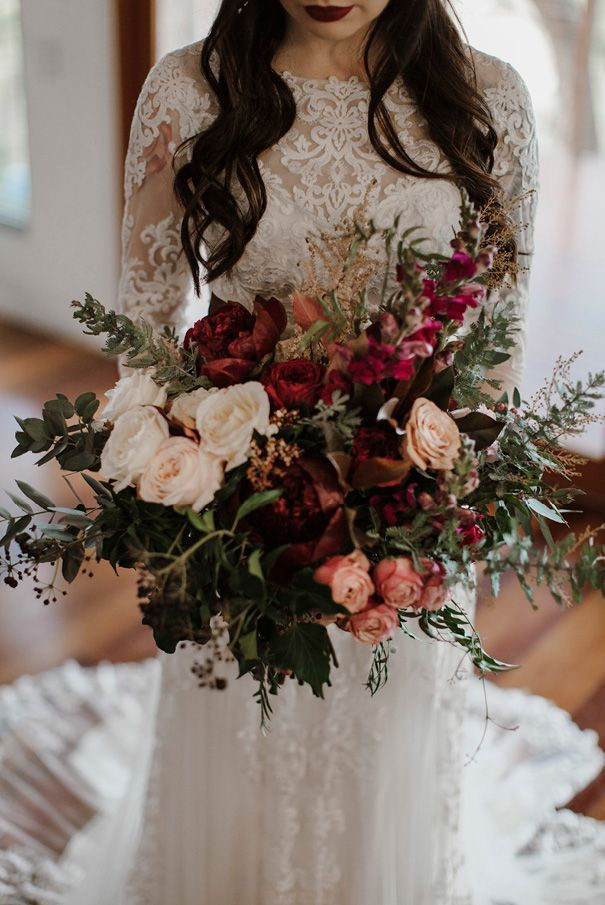 Stunning Bridal Bouquet With Warm Fall Colors Lush Wedding Flowers Wedding Floral Inspiration Mo Boho Wedding Bouquet Red Bouquet Wedding Wedding Flowers