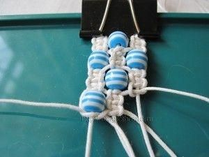 diy hemp bracelet * basic square knot. Make 3 groups of 4 strings, then just start square knotting & add cute beads along the way! by Arikado