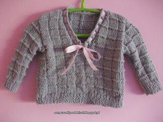 Os meus artigos de tricot (e desabafos de mãe): A camisola da Diana com decote em V