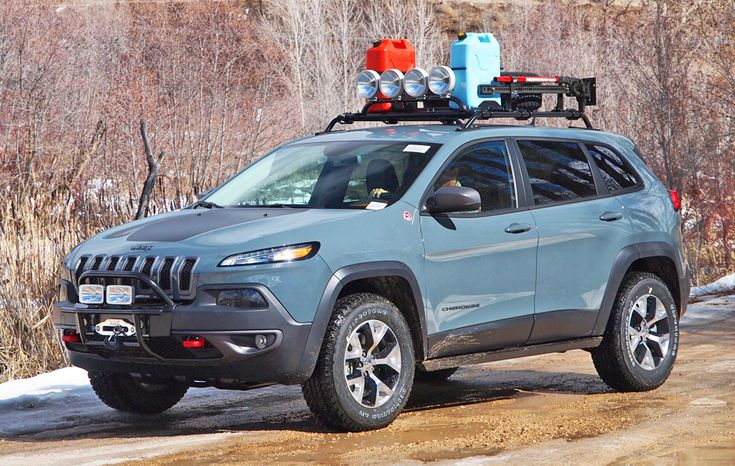 Jeep Cherokee Trailhawk with accessories