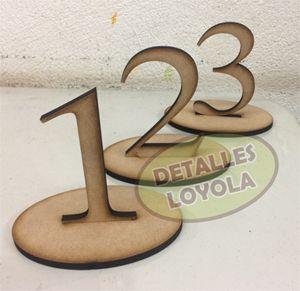 Números para decoración de mesa, ideales para boda, baby showers, quinceaños o eventos en general.
