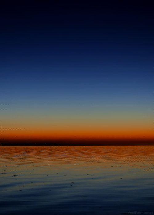 Salton Sea, California (Jim Lo Scalzo) - .gif