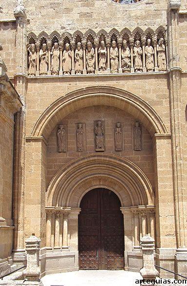 Magnífica Puerta de las Cadenas de la Catedral de Ciudad Rodrigo