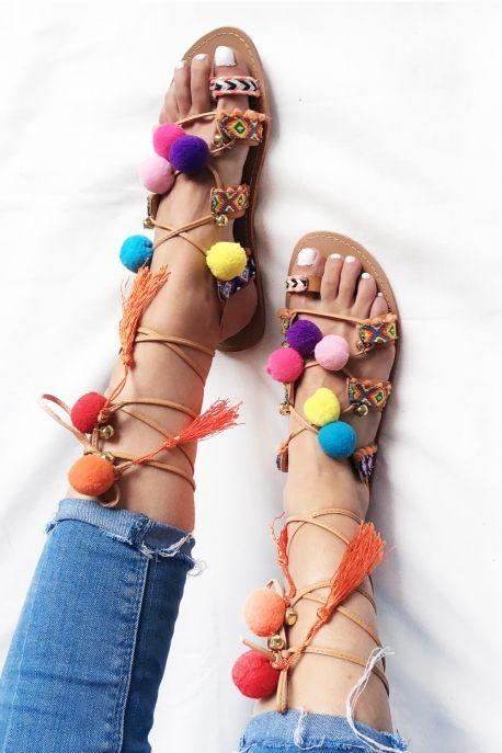 Sandales pompons et tissages MAYA