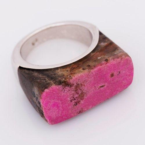 Anillo en plata 925 con piedra de cobalto  rosado (Talla 7 ½). RCOS003 Precio COP $632.000 Contactanos www.makla.co Ring / Cobalt / Sterling Silver