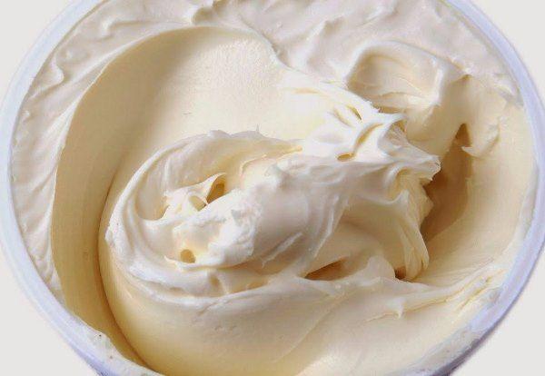 Этот нежный крем сделает Вашу выпечку изысканной и идеальной.