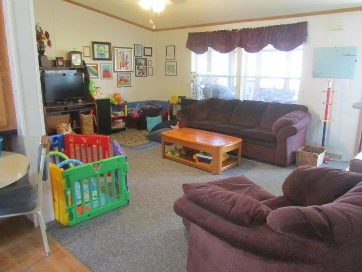 Best 23 Best Ideas About Living Room And Play Area On Pinterest 400 x 300