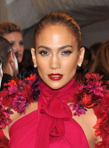 Jennifer Lopez Lipgloss - Jennifer Lopez Makeup - StyleBistro
