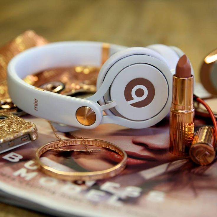 Limited edition rose gold Beats by Dre Mixr headphones, exclusively at Selfridges http://www.selfridges.com/en/Home-Tech/Categories/The-Selfridges-edit/Technology-Gifts/Limited-edition-rose-gold-Mixr-headphones_402-3003014-BTS9000019203/
