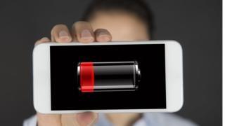 Mala cobertura, cargas repetidas y otras 5 razones que dañan la batería de tu celular y cómo repararla - https://www.vexsoluciones.com/noticias/mala-cobertura-cargas-repetidas-y-otras-5-razones-que-danan-la-bateria-de-tu-celular-y-como-repararla/