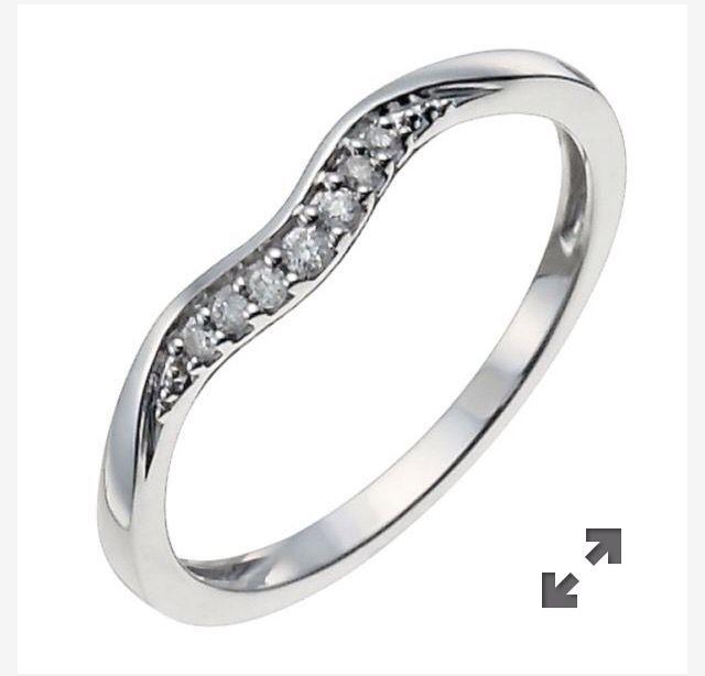 Eternity Ring Push Present Ernest Jones 9943994 Diamondeternityringsernestjones Wedding Ring Shapes Buy Wedding Rings Wedding Rings Online