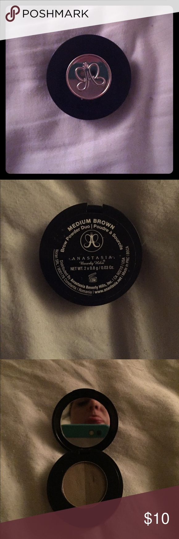 Anastasia brow powder duo This powder is in like new condition, used once or twice. I have no need for it anymore since finding my dream brow product. 👅 Anastasia Beverly Hills Makeup Eyebrow Filler