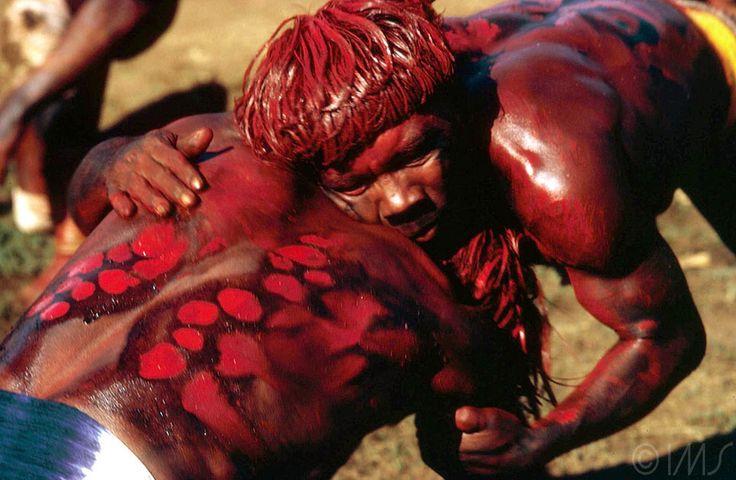 maureen bisilliat - xingu national park, huca-huca fight, c. 1975.