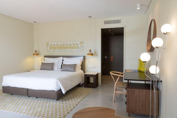 Superior Room at OZADI TAVIRA HOTEL, Eastern Algarve, Portugal. (©all rights reserved)