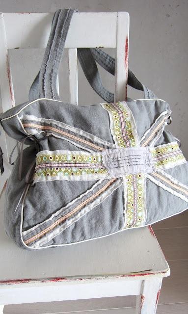 Union Jack Florabella pattern by Jolijou